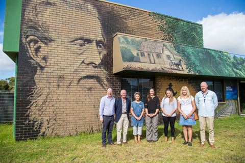 Mural brings Baxter's history to life - Mornington Peninsula