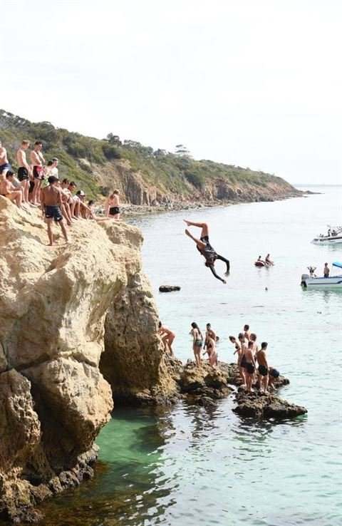 Shire Closing Deadly Cliff Jumping Site at Mount Martha